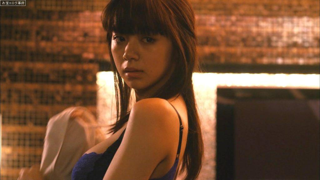 池田エライザ(21)の過激セックス濡れ場エロ画像100枚・90枚目の画像