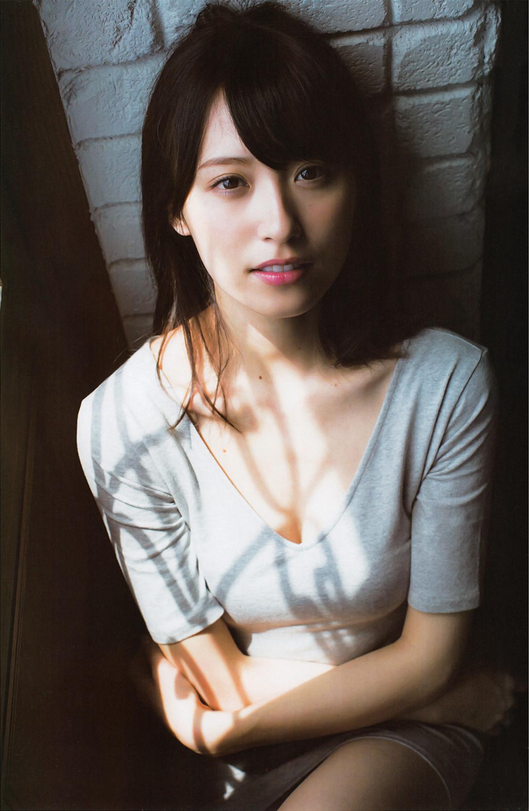 衛藤美彩 最新写真集エロ画像32枚!入浴ヌード、水着姿と豪華絢爛抜き放題!・17枚目の画像