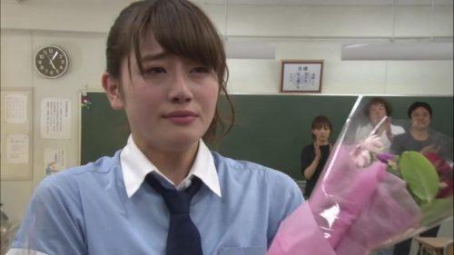 欅坂46守屋茜の最新グラビアや抜けるエロ画像90枚・36枚目の画像