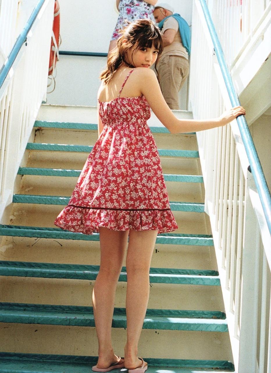 西野七瀬(23)の電影少女エロキャプ、写真集水着画像等290枚・267枚目の画像