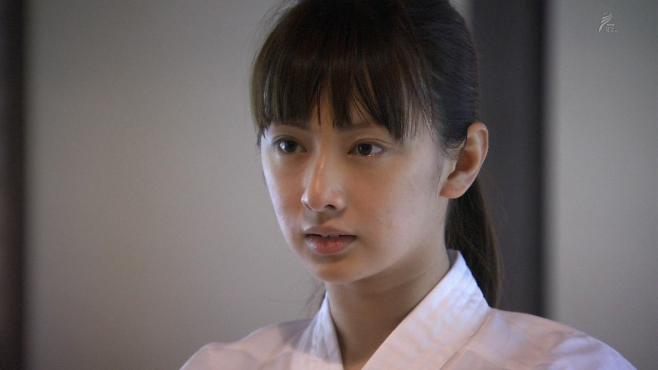女優、アイドルのすっぴんエロ画像60枚!卒アル流出の衝撃写真あり!・23枚目の画像