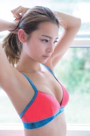 遠山茜子の巨乳化したビキニ水着姿のグラビアエロ画像46枚・21枚目の画像