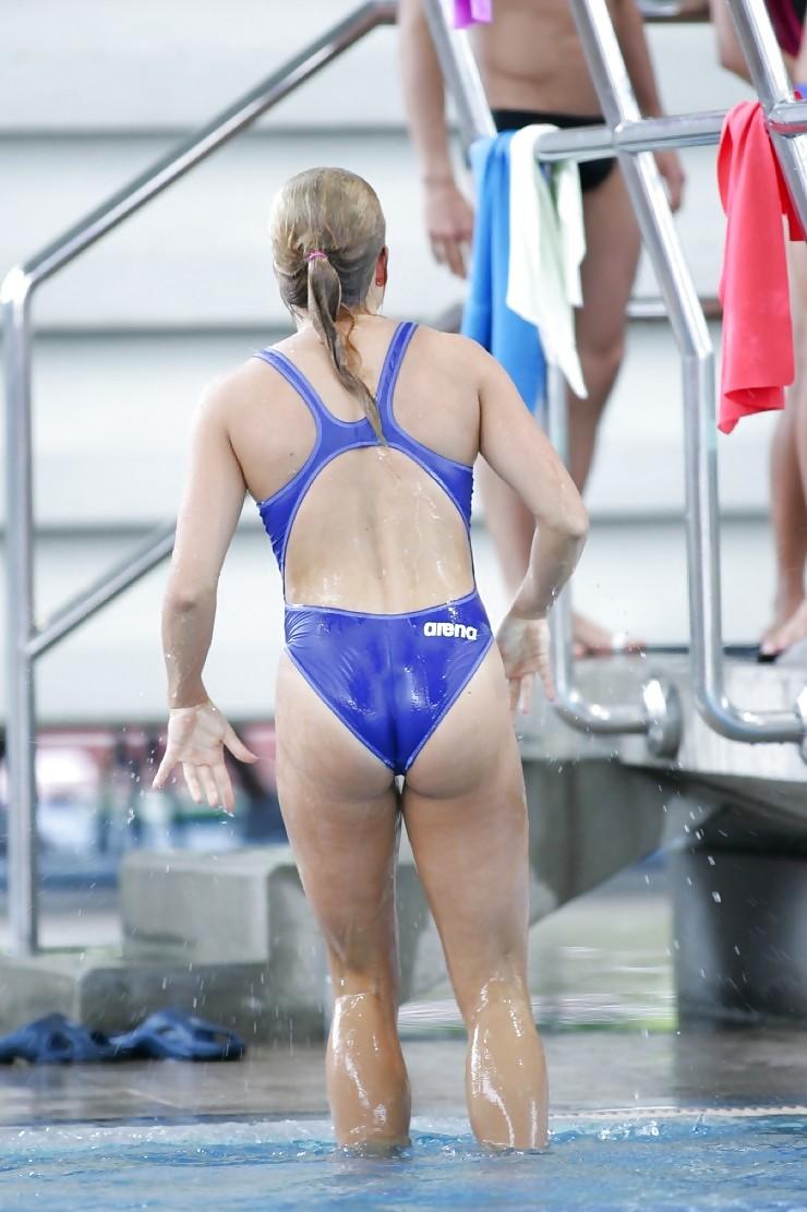 外国人の胸ポチ、ハミ尻が抜ける競泳水着姿のエロ画像33枚・34枚目の画像