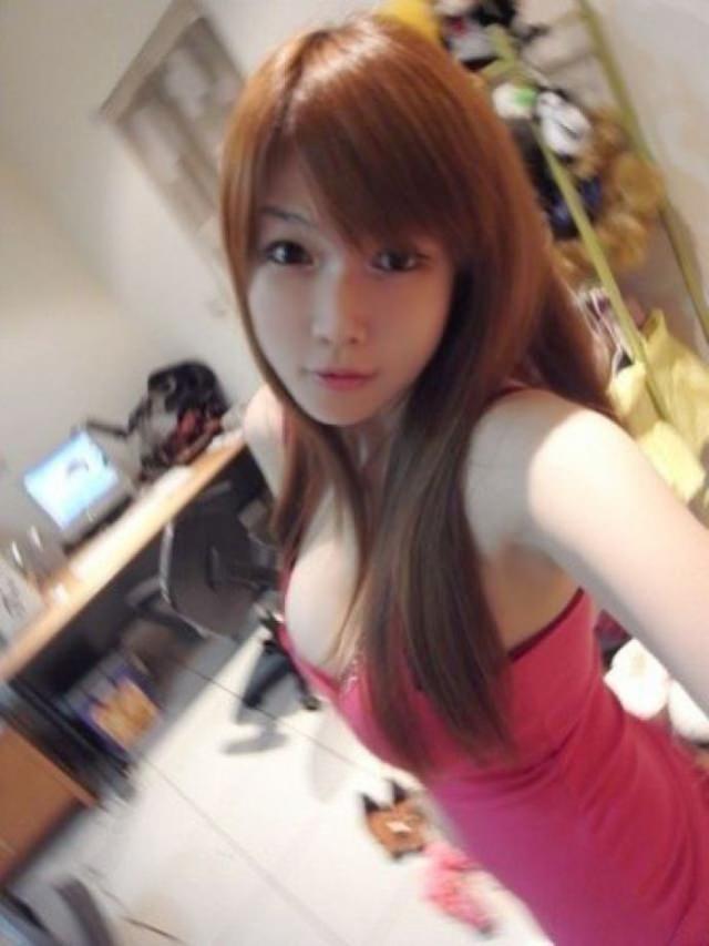 台湾美女の全裸自画撮りヌードエロ画像37枚・36枚目の画像