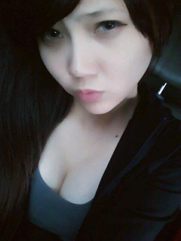 台湾美女の全裸自画撮りヌードエロ画像37枚・40枚目の画像