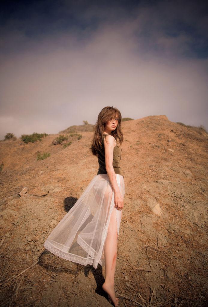 白石麻衣(25)の写真集&最新グラビアエロ画像180枚・120枚目の画像