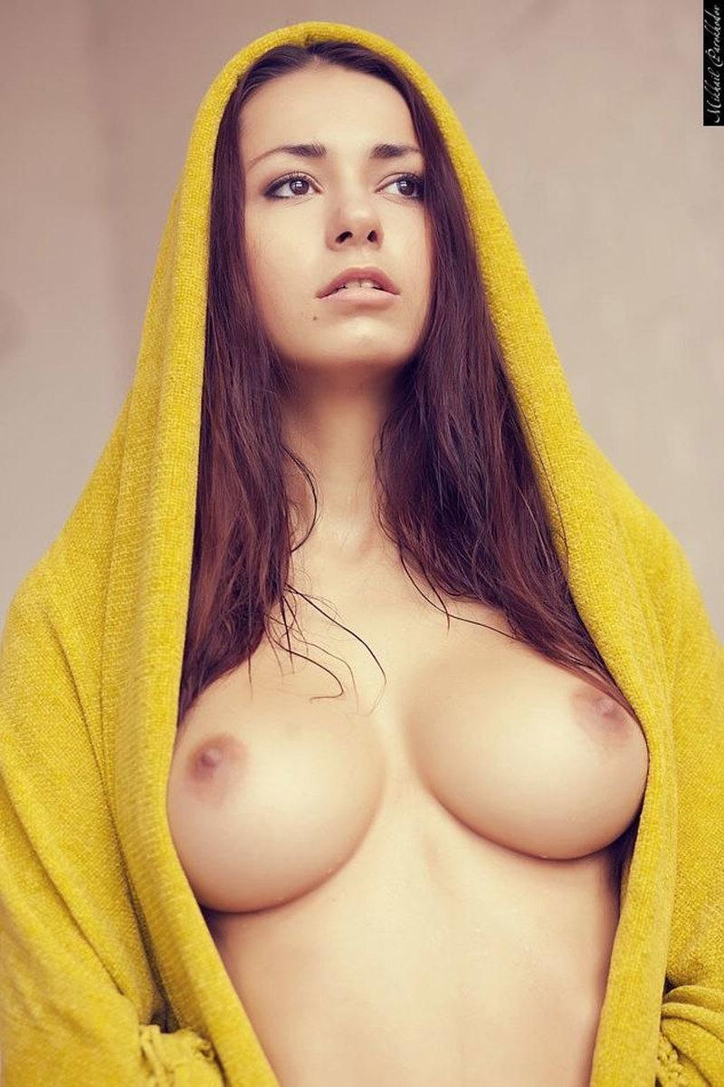 100%抜けるロシア美人モデルのヌードエロ画像40選・18枚目の画像