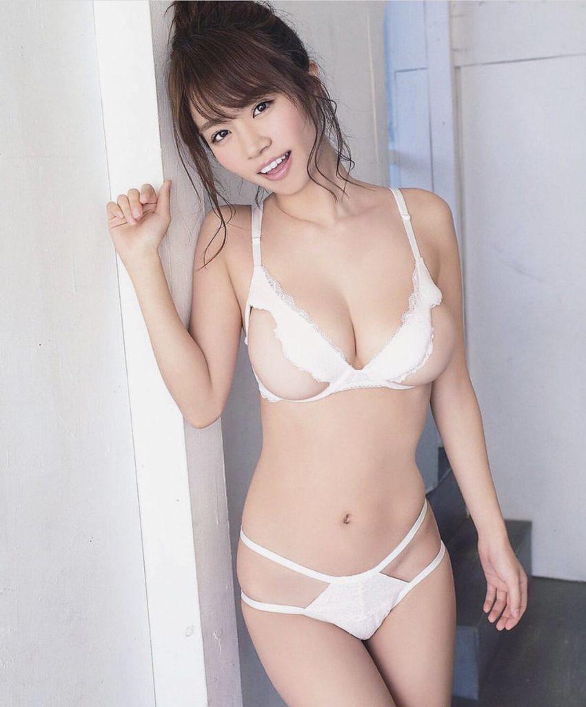 菜乃花 えろ写真84枚☆アイコラ級のIカップグラビア☆