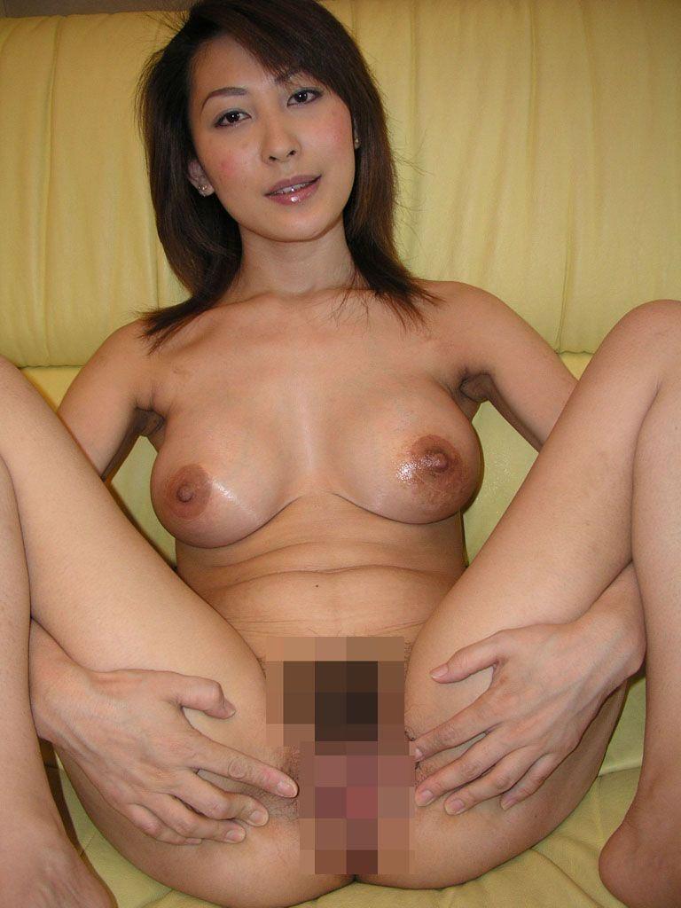 現役バリバリの美熟女のヌードエロ画像50枚・3枚目の画像