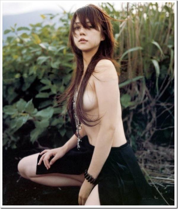 吉岡美穂(37)全盛期のヌードやグラビアエロ画像60枚・4枚目の画像