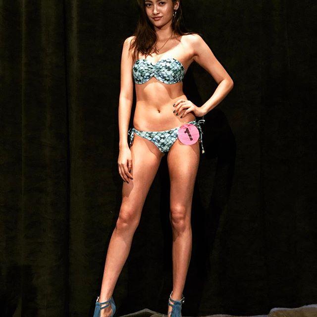 香川沙耶 エロ画像40枚!驚異の10頭身の世界一ハーフ美女が抜ける!・5枚目の画像