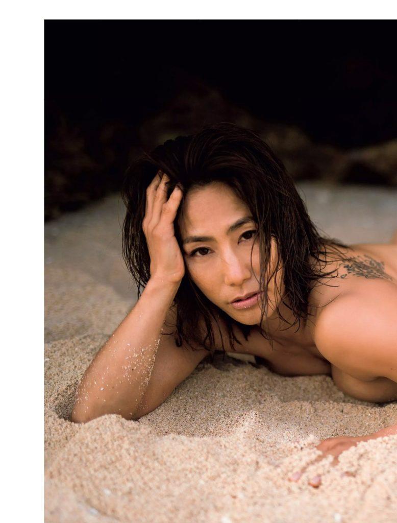 山本美憂(42)ヌード写真集エロ画像35枚!BBA・女子レスリング好き必見…・7枚目の画像