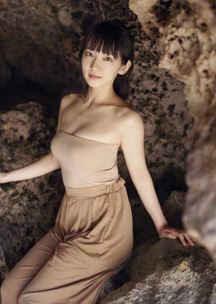 吉岡里帆 最新エロ画像60枚!巨乳清楚系であざといエロ女優!・7枚目の画像