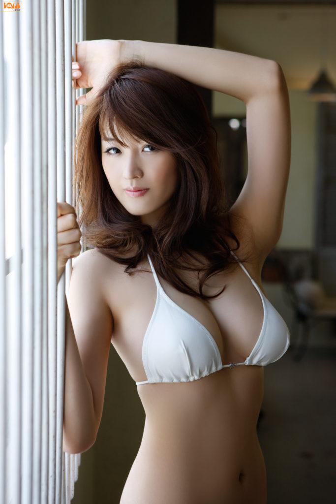 葉加瀬マイ(30)ヌード写真集&有吉反省会エロ画像80枚・10枚目の画像