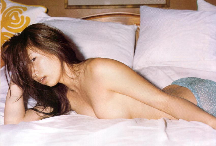 東原亜希(34)の乳首丸出しヌードエロ画像30枚・3枚目の画像