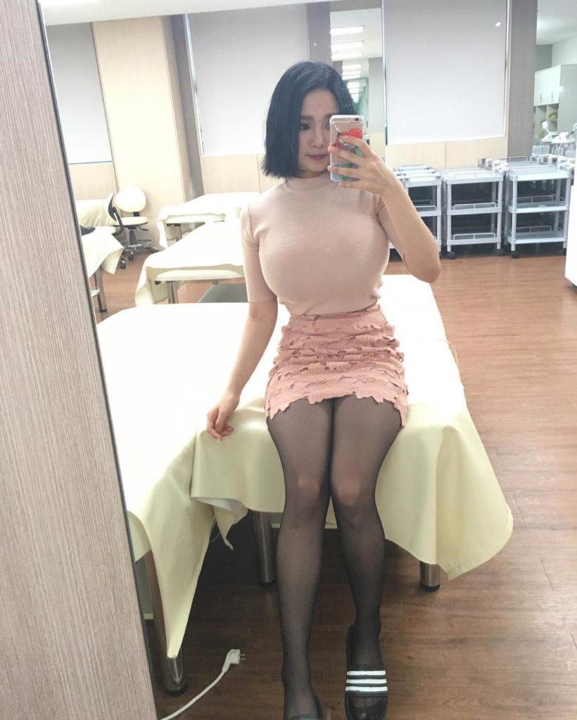乳デカッ!韓国素人娘の着衣巨乳がけしからんエロ画像32枚・10枚目の画像