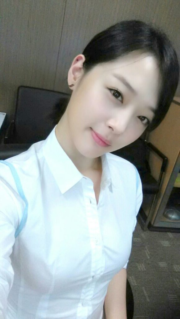 乳デカッ!韓国素人娘の着衣巨乳がけしからんエロ画像32枚・11枚目の画像