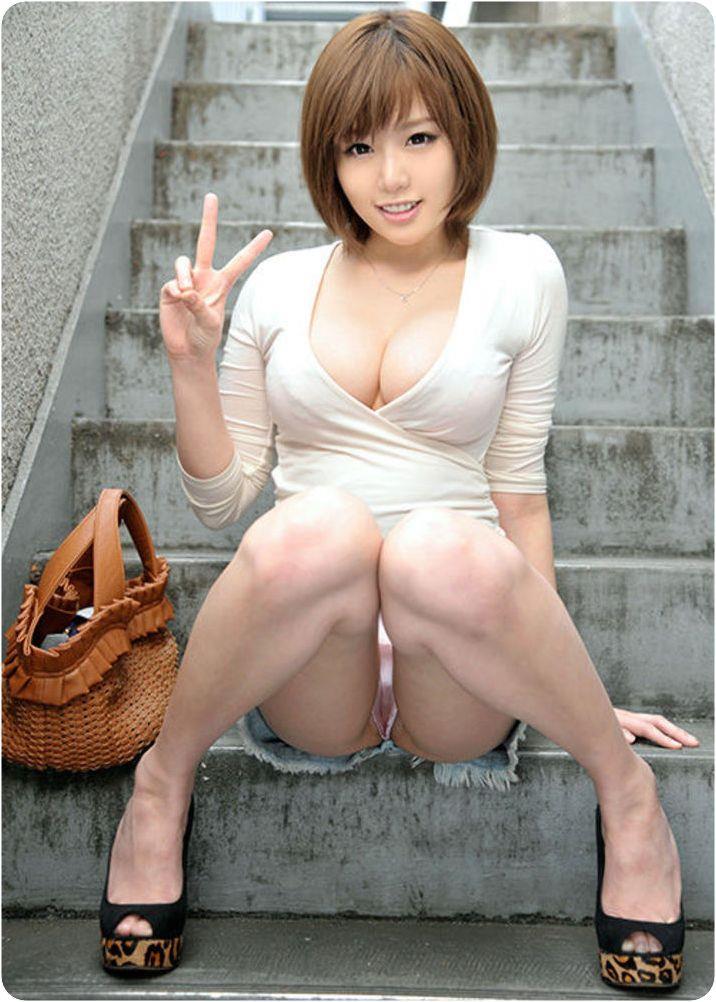 現役バリバリの美熟女のヌードエロ画像50枚・11枚目の画像