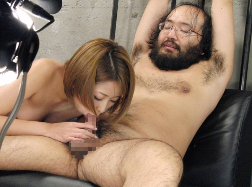 キモメン親父とのセックスエロ画像26枚!AV女優って大変だな…w・13枚目の画像