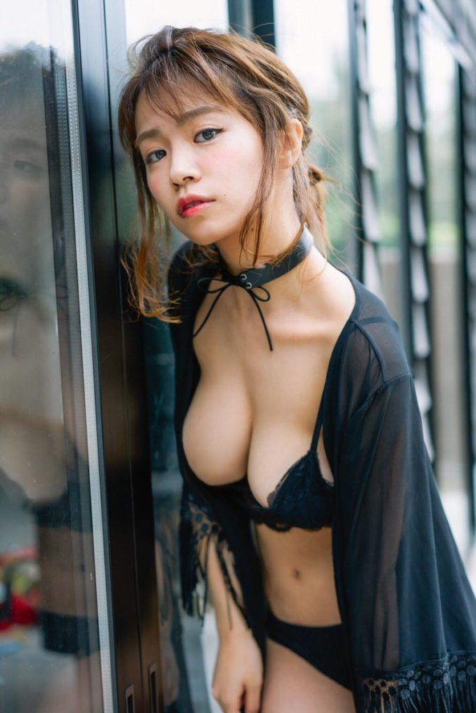 菜乃花の最新エロ画像100枚!アイコラ級のIカップグラビア!・13枚目の画像
