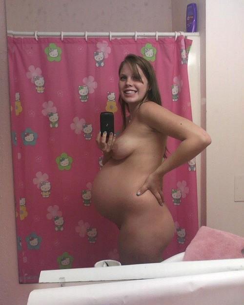 ボテ腹妊婦!海外で流行るマタニティー自画撮りエロ画像26枚・14枚目の画像