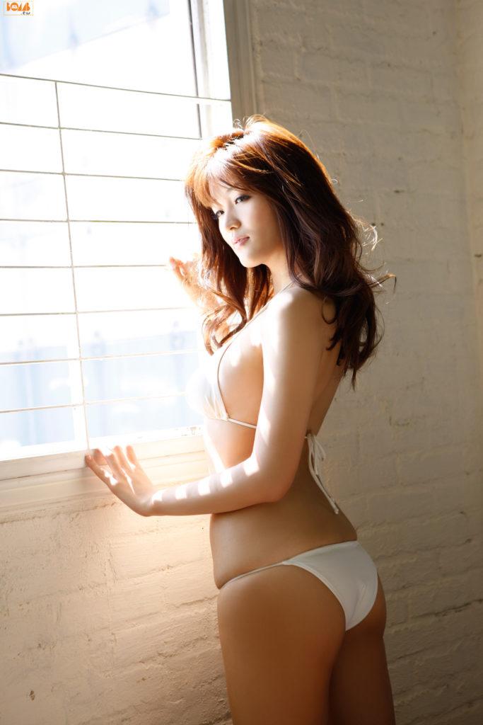 葉加瀬マイ(30)ヌード写真集&有吉反省会エロ画像80枚・16枚目の画像