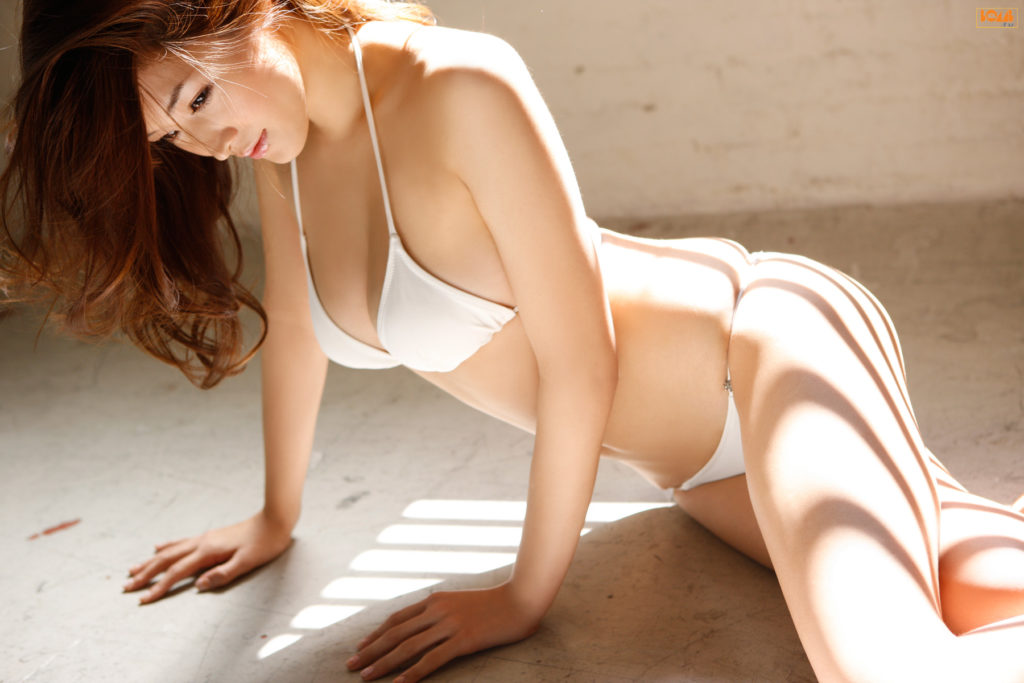 葉加瀬マイ(30)ヌード写真集&有吉反省会エロ画像80枚・19枚目の画像
