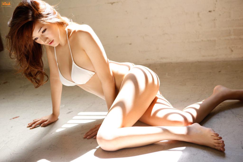 葉加瀬マイ(30)ヌード写真集&有吉反省会エロ画像80枚・20枚目の画像