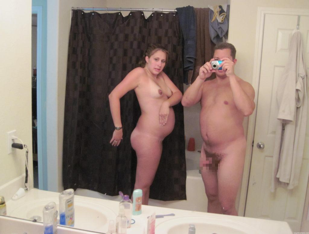 ボテ腹妊婦!海外で流行るマタニティー自画撮りエロ画像26枚・27枚目の画像