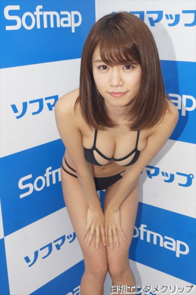 菜乃花の最新エロ画像100枚!アイコラ級のIカップグラビア!・40枚目の画像