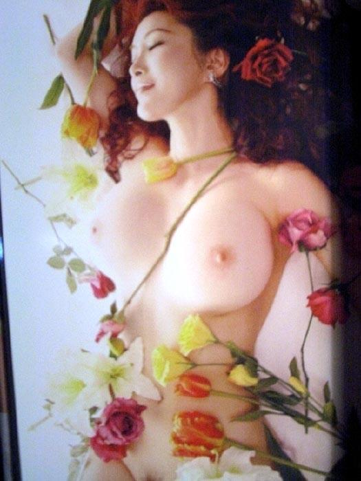 叶美香が完全に脱げるヌードレイヤーになってるエロ画像56枚・58枚目の画像