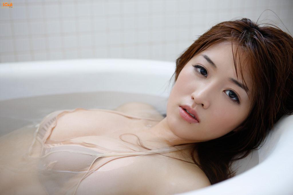 葉加瀬マイ(30)ヌード写真集&有吉反省会エロ画像80枚・41枚目の画像