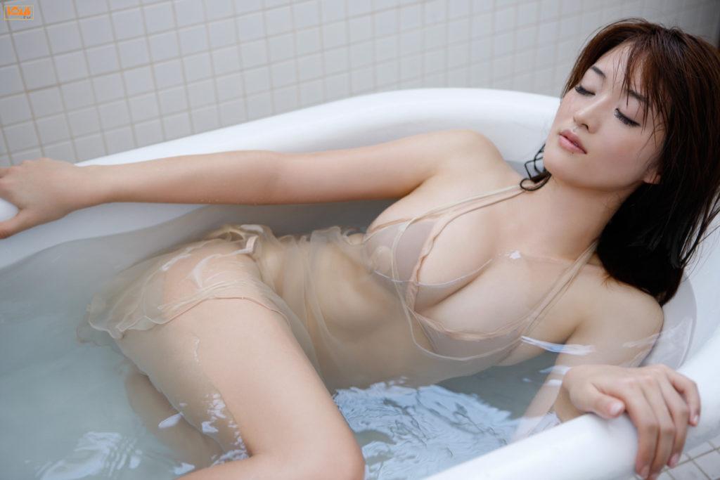 葉加瀬マイ(30)ヌード写真集&有吉反省会エロ画像80枚・42枚目の画像