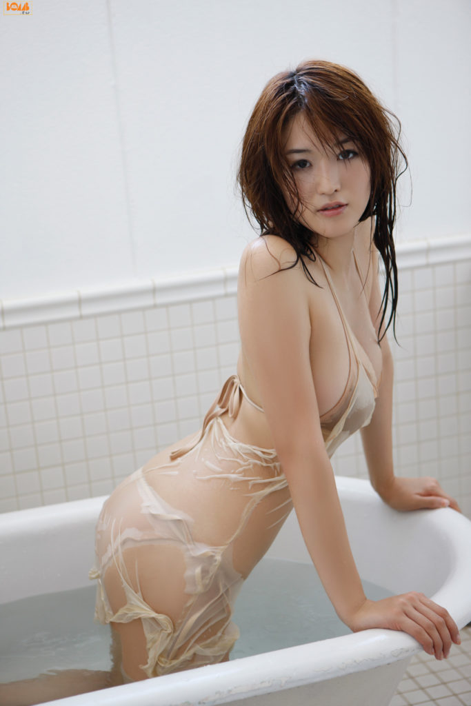 葉加瀬マイ(30)ヌード写真集&有吉反省会エロ画像80枚・43枚目の画像