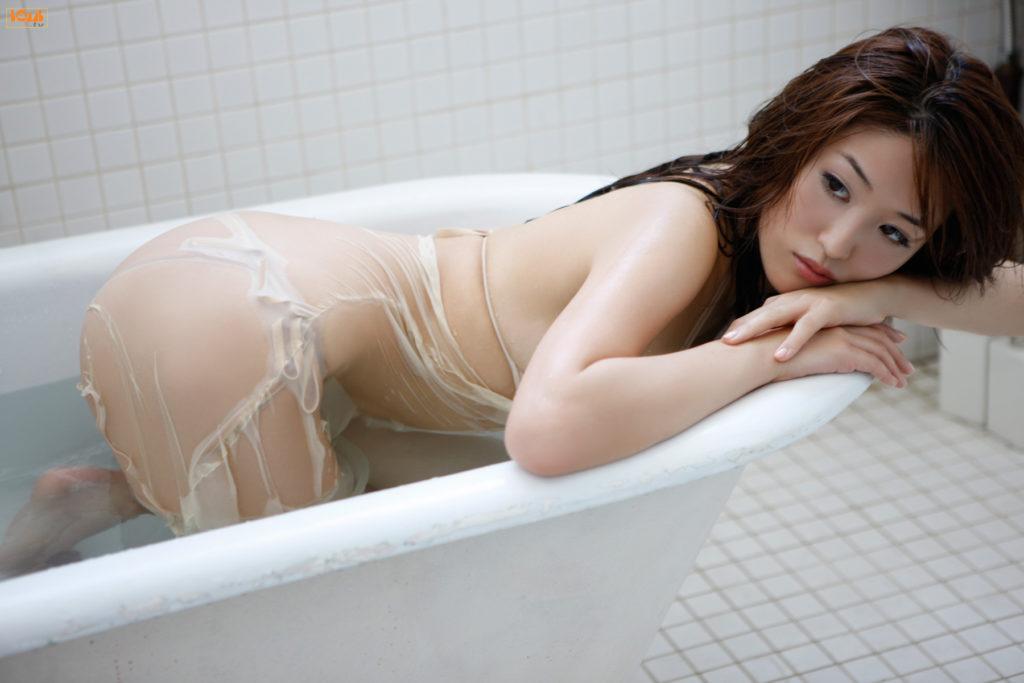 葉加瀬マイ(30)ヌード写真集&有吉反省会エロ画像80枚・45枚目の画像