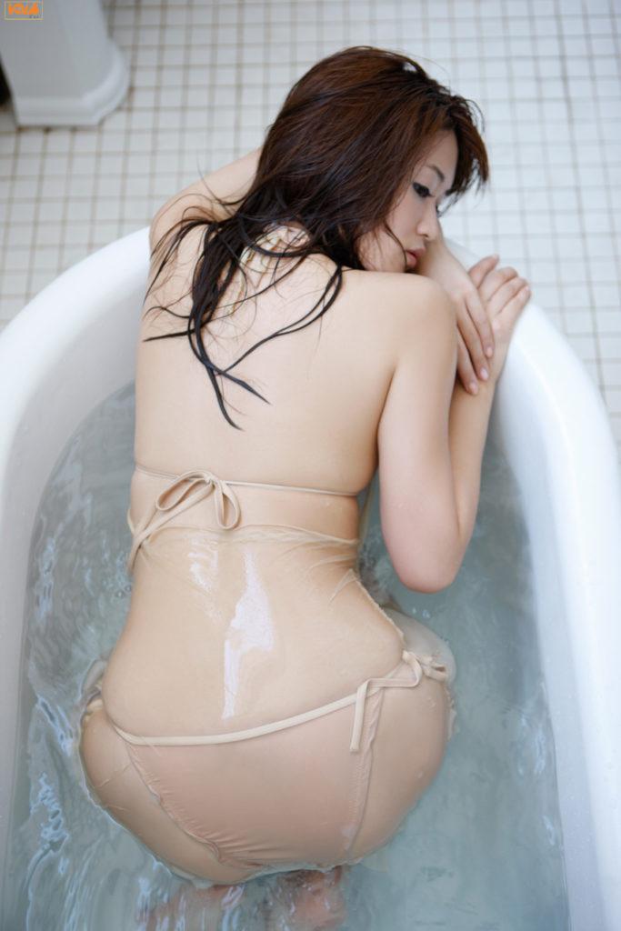 葉加瀬マイ(30)ヌード写真集&有吉反省会エロ画像80枚・46枚目の画像
