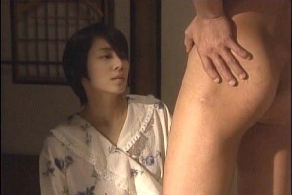 石田ゆり子 ヌード濡れ場&水着グラビア!全盛期の抜けるエロ画像46選・48枚目の画像