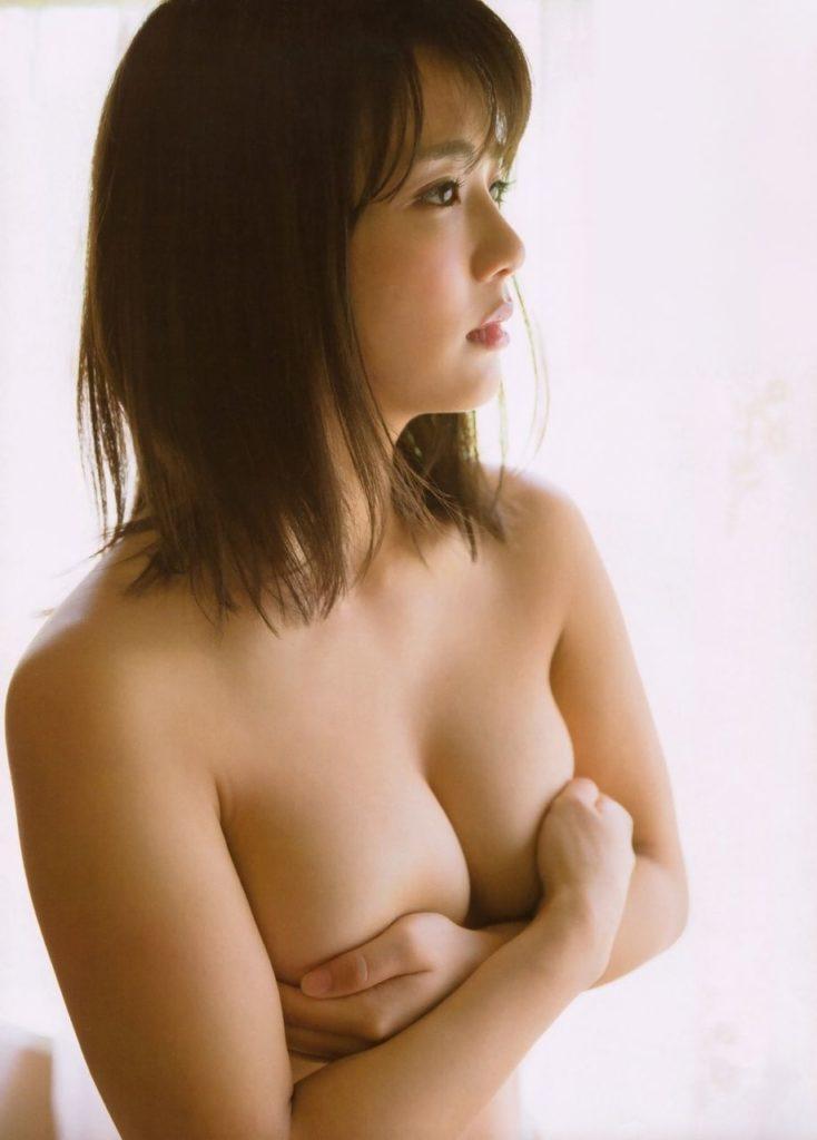 元AKB平嶋夏海の手ブラヌードにデカ尻が拝めるグラビアエロ画像50枚・58枚目の画像