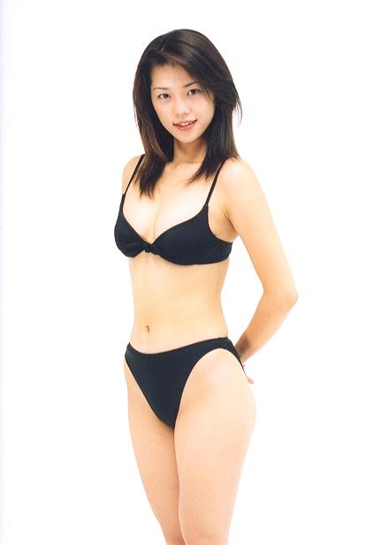 吉岡美穂(37)全盛期のヌードやグラビアエロ画像60枚・59枚目の画像