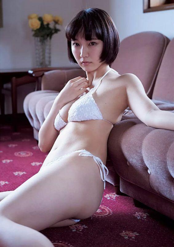 吉岡里帆 最新エロ画像60枚!巨乳清楚系であざといエロ女優!・64枚目の画像