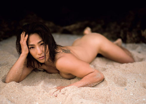 山本美憂(42)ヌード写真集エロ画像35枚!BBA・女子レスリング好き必見…