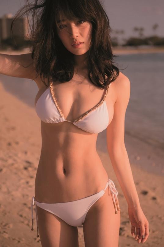 モデル泉里香(28)の水着写真集&最新グラビアエロ画像140枚・22枚目の画像