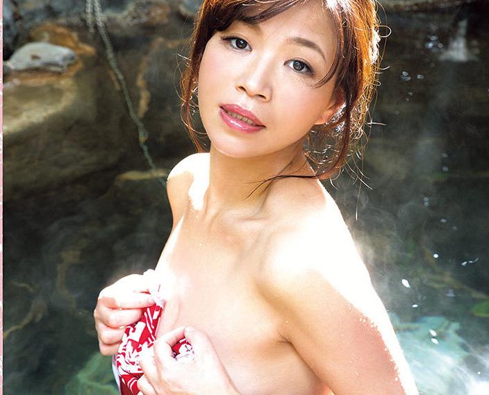 芸能人・大久保佳代子(45)の誰得ヌードエロ画像21枚・1枚目の画像