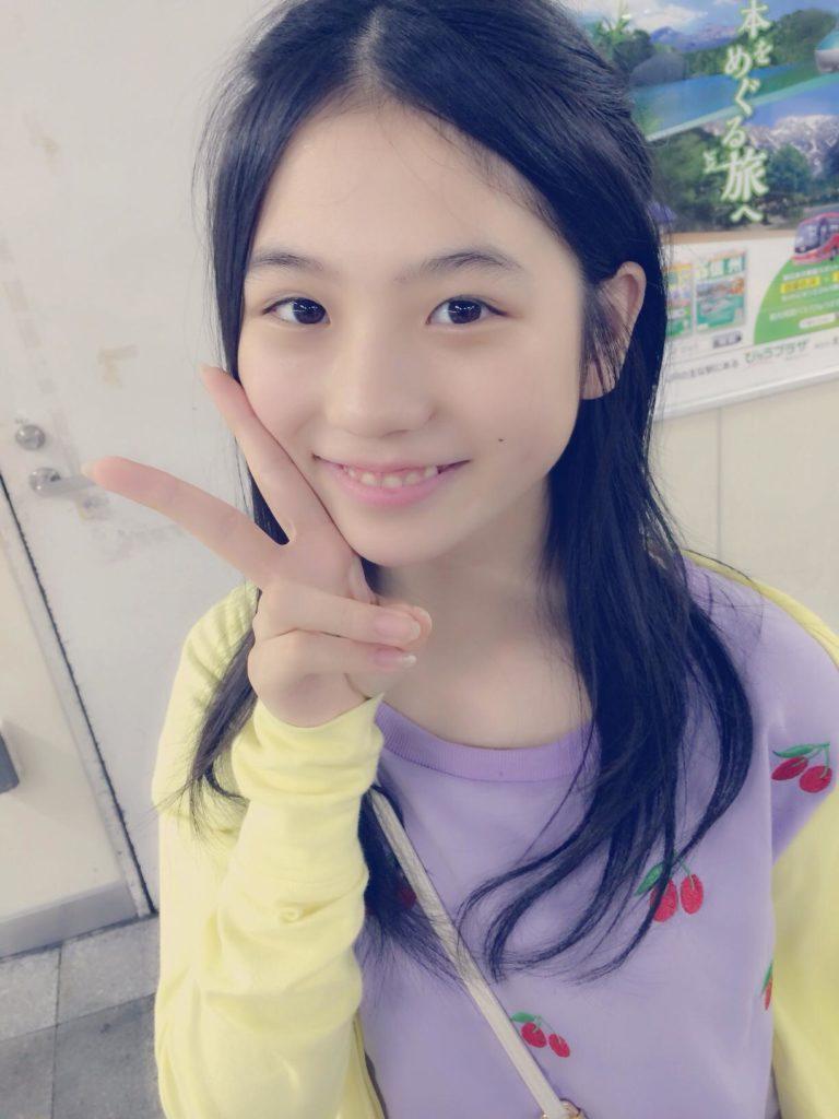SKE48小畑優奈(15)の水着グラビアエロ画像34枚・20枚目の画像