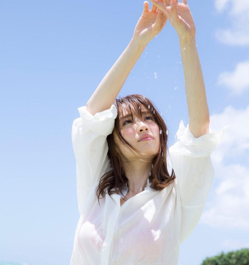 モデル泉里香(28)の水着写真集&最新グラビアエロ画像140枚・6枚目の画像