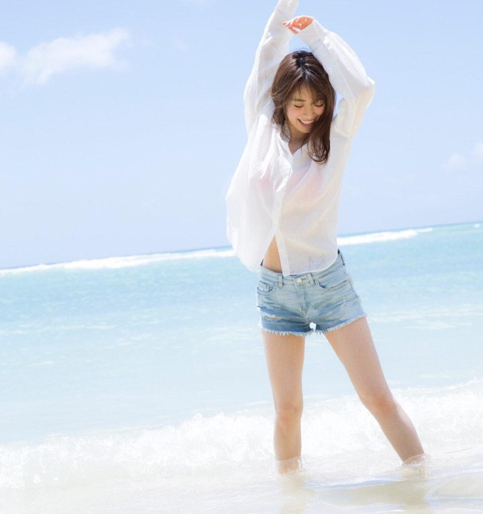 モデル泉里香(28)の水着写真集&最新グラビアエロ画像140枚・9枚目の画像