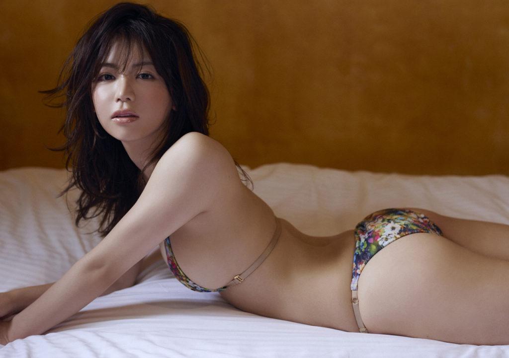 【逸材】仲村美海(25)の新人初グラビアエロ画像96枚・30枚目の画像