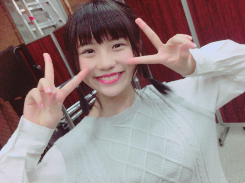 SKE48小畑優奈(15)の水着グラビアエロ画像34枚・28枚目の画像