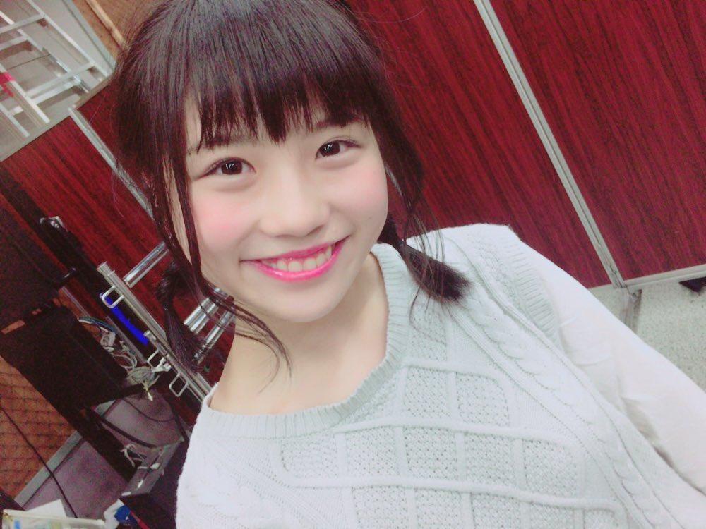SKE48小畑優奈(15)の水着グラビアエロ画像34枚・29枚目の画像