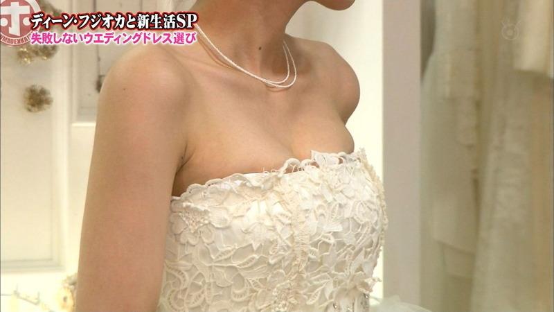 加藤綾子アナ「エッチビデオ」が欲しい!アヘ顔エロキャプ画像88枚・48枚目の画像